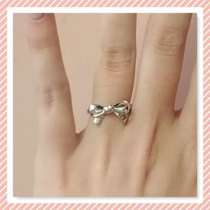 NEW Sterling Silver Bow Ring